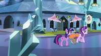 Twilight, Starlight, and Spike in the empty Empire S6E16