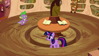 Twilight pacing S2E20