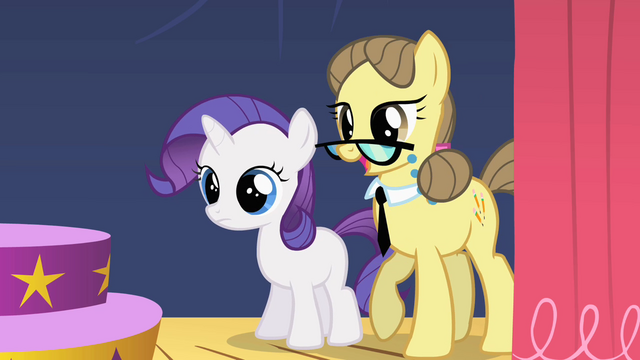 File:Filly Rarity with teacher S01E23.png