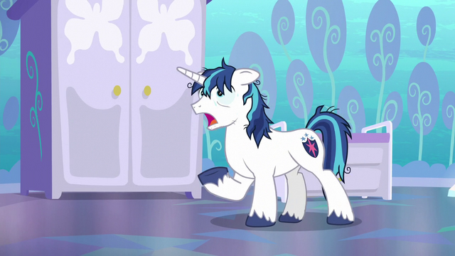 """File:Shining Armor """"pick a crystaller!"""" S6E1.png"""