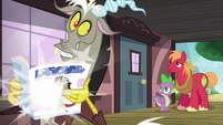 Discord poofs a magazine into his hands S6E17