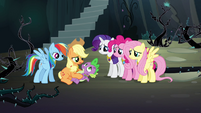 Twilight's friends help Spike S4E02