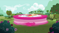 Pinkie Pie getting rid of cloud S3E3