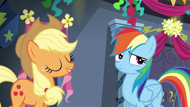 File:Rainbow Dash rolling her eyes S6E7.png