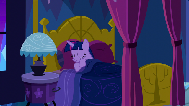 File:Twilight going back to sleep S5E13.png