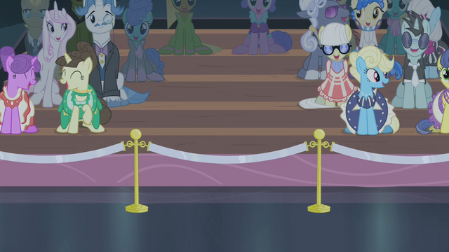 File:Rarity's friends not present S4E08.png