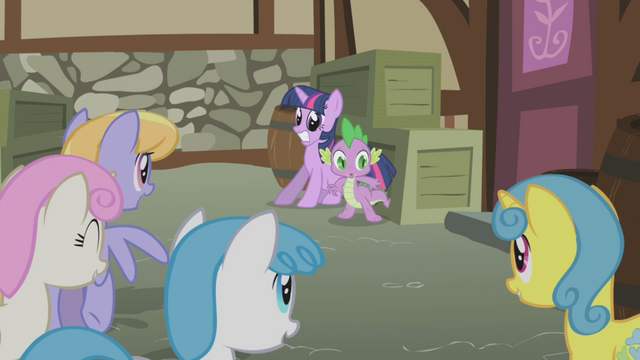 File:Twilight and Spike cornered S1E03.png