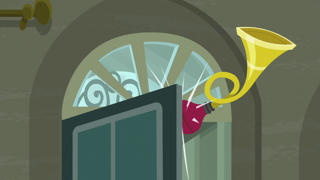 File:Antique horn in the boutique's front door S6E9.png
