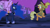 Applejack gasping at Luna S2E4