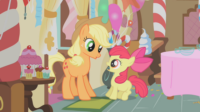 File:Applejack startling Apple Bloom S01E12.png