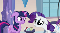 "Rarity sad ""something's gone terribly wrong"" S03E12"