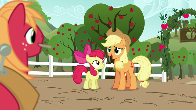File:Applejack sees Big Mac S5E17.png