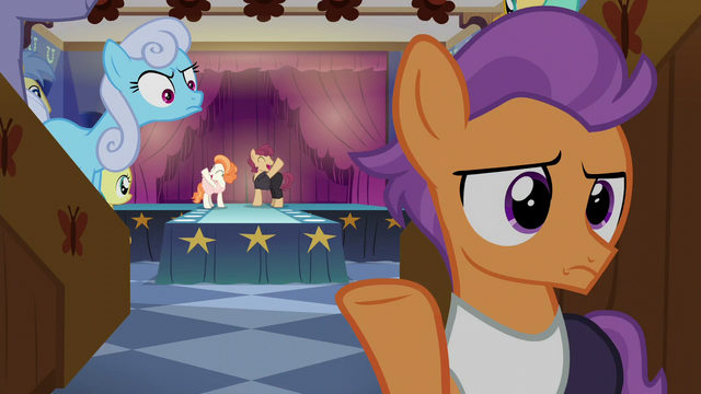 File:Tender Taps looking annoyed S6E4.png