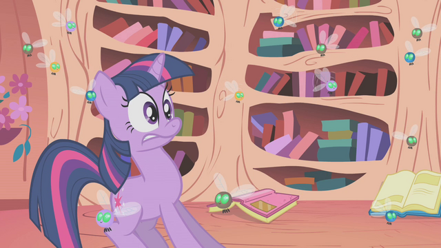 File:Twilight surprised by the library's state S1E10.png
