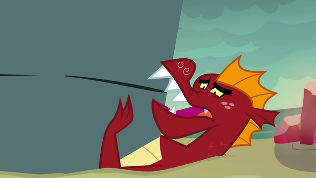 """File:Garble """"don't leave me here, Spike!"""" S6E5.png"""