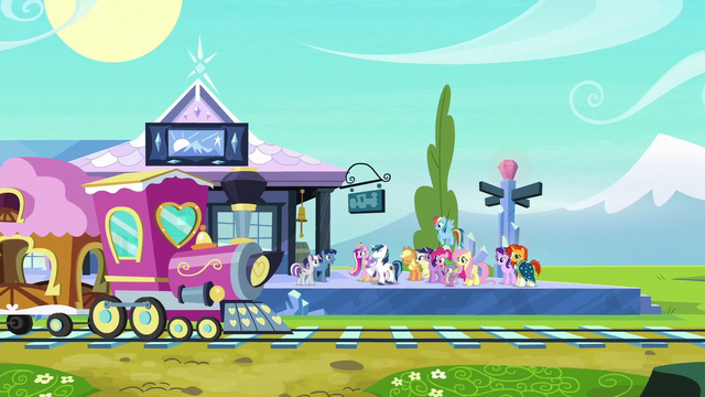 File:Twilight's parents arrive at the train station S6E2.png