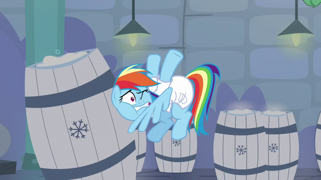 File:Rainbow hits a barrel of snow S5E5.png
