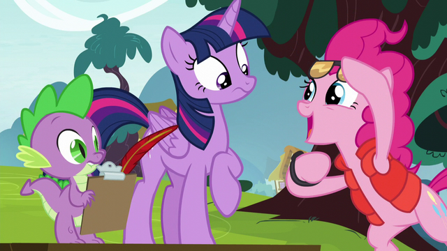 File:Pinkie Pie dressed as Marty McFly S5E22.png
