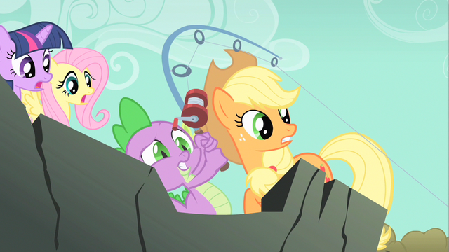 File:Spike caught one S1E19.png