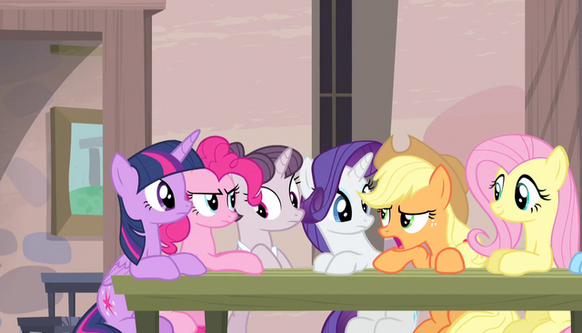 File:Applejack interrupts Sugar Belle S5E1.png