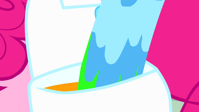 File:Paint pouring into Pinkie's saddlebag S4E12.png