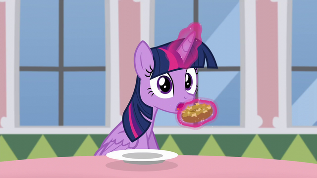 File:Twilight stops herself from eating donut S5E12.png