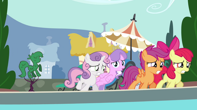 File:CMC leaving pool party S4E15.png