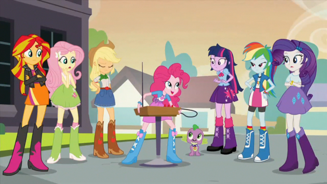File:Pinkie offering the theremin EG2.png