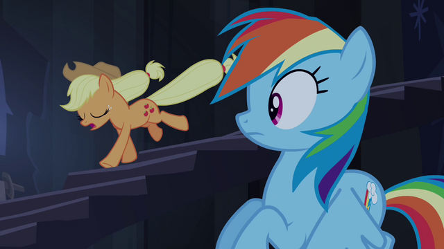 File:Applejack races down staircase S4E03.png