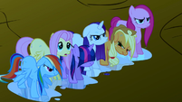Main ponies soaking wet S1E2