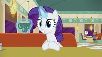 Rarity smiles S6E9