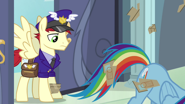 File:Rainbow Dash tearing open package S4E04.png