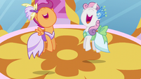 Scootaloo and Sweetie Belle jump for joy S5E7