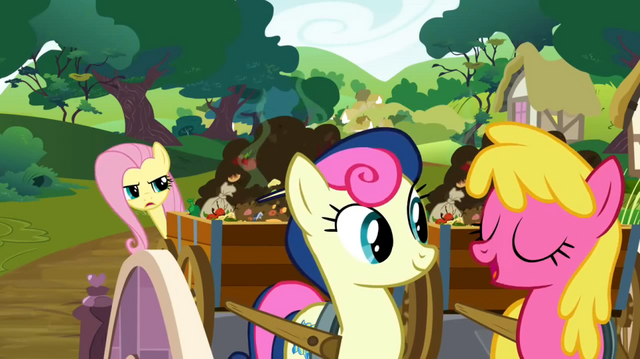 File:Cherry Berry chatting S02E19.png