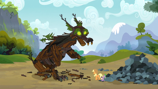 File:Spike saves Applejack 13 S3E09.png