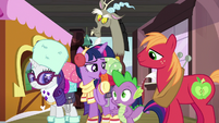 "Twilight ""I bet you boys have big plans"" S6E17"