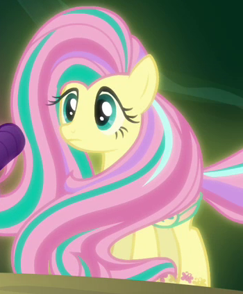 File:Fluttershy Rainbow Power S4E26.png