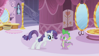 Rarity being intrigued by Spike S1E3