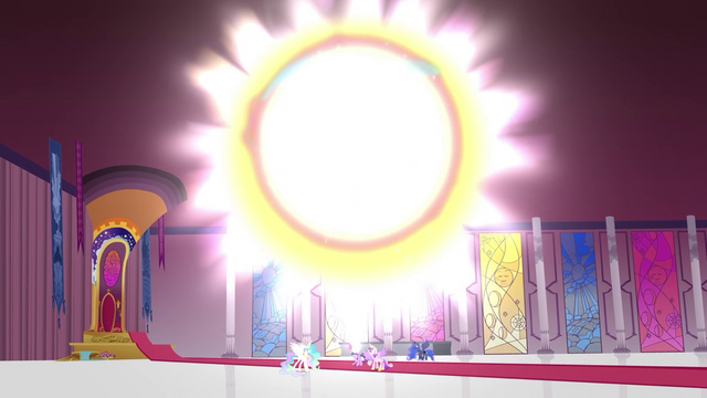 File:Alicorn magic transferred to Twilight S4E26.png