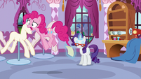 """Pinkie """"I think I'm gonna lose my cupcakes!"""" S5E14"""