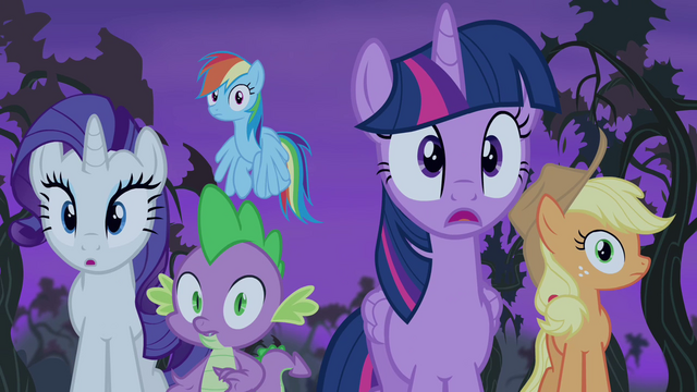 File:Twilight and friends spot Flutterbat S4E07.png