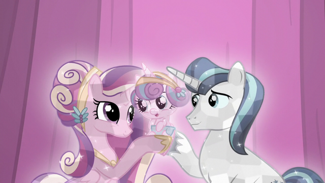 File:Shining Armor and Cadance with their baby S6E2.png
