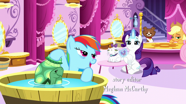 File:Rainbow and Rarity grooming their pets S5E13.png