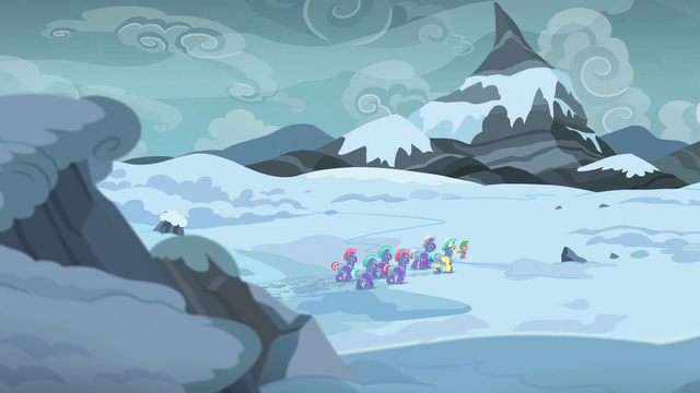 File:Spike leads royal guards into the Arctic Wastes S6E16.png