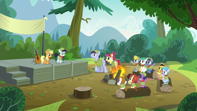 File:Everypony Commenting on Rara's Singing S5E24.png
