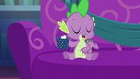 """Spike """"okay"""" S06E08"""