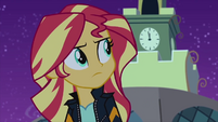 Sunset Shimmer looks at the clock EG2