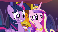 Twilight and Cadance in alarm S5E10
