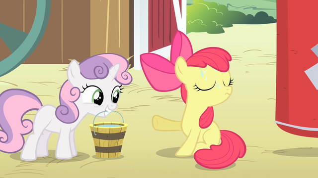 File:Apple Bloom rejecting a bucket of water from Sweetie Belle S4E05.png