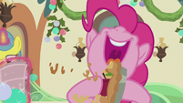 Pinkie smushes apple and pie together S5E20